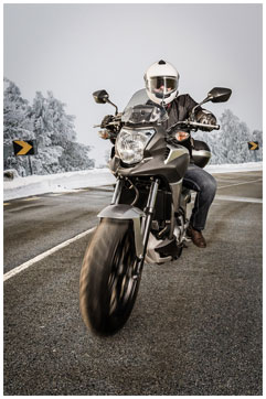 Motorcycle_Winter
